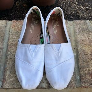 White Toms Womens' Size 8.5